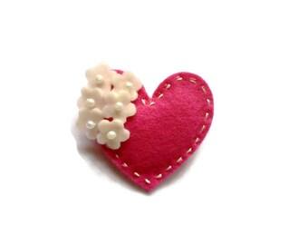 Felt heart brooch - choose your color