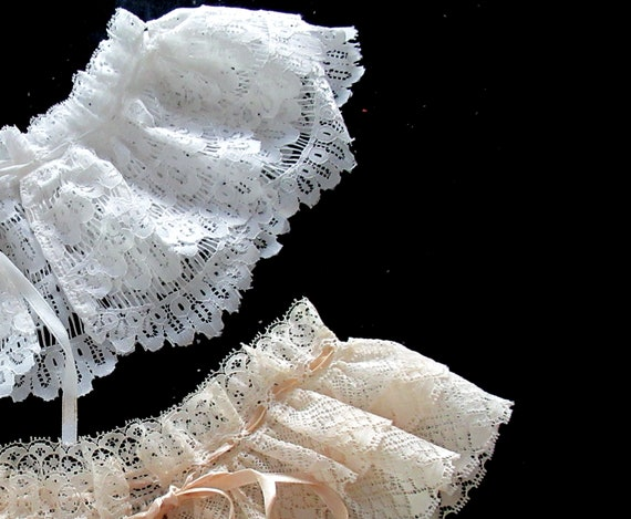 French Detachable Old Lace Collar, Ruffled Lace C… - image 5