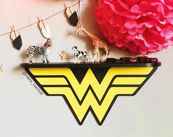 Wooden Shelf Wonder Woman 177 In X 82