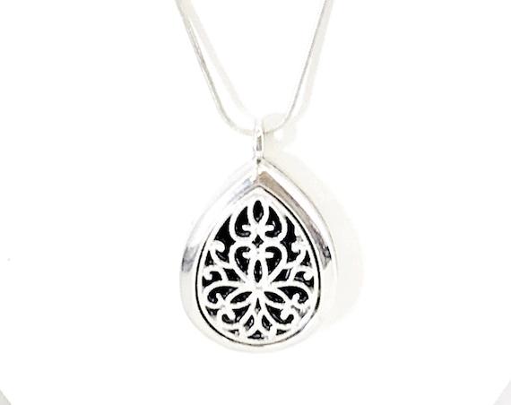 Diffuser Necklace, Teardrop Diffuser Necklace, Teardrop Pendant, Scent Diffuser, Scent Pendant, Scented Necklace, Diffuser Pendant Jewelry