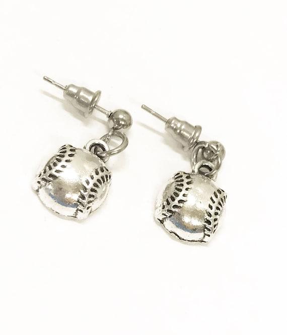 Softball Gifts, Softball Earrings, Softball Mom Gifts, I Love Softball Earrings, Softball Player Jewelry Gifts, Softball Team Gifts