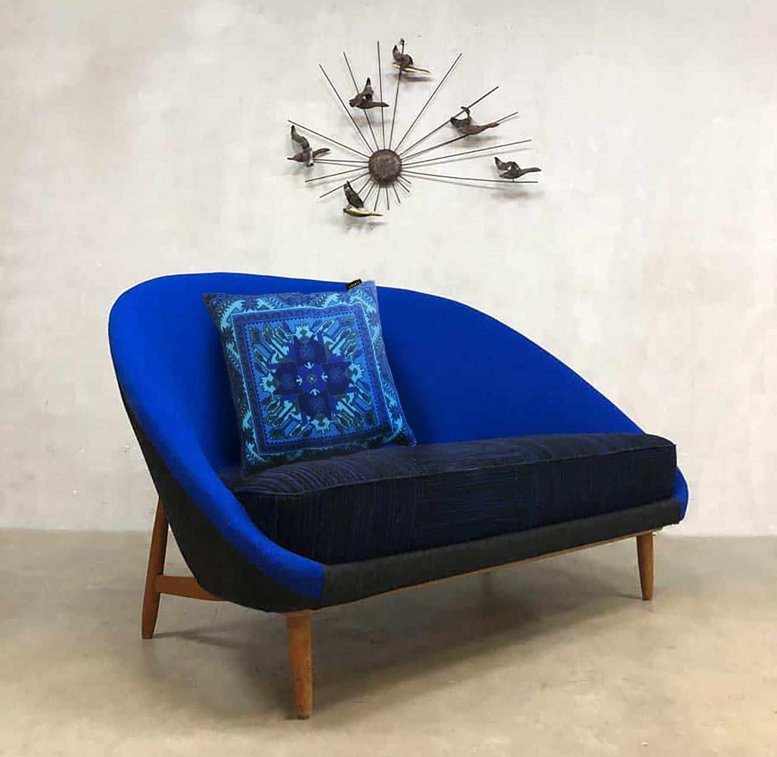 Sofa pillow blue velvet cushion cover ROYAL BLUE | Etsy