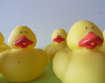 Classic Yellow Rubber Ducky - For bathtime