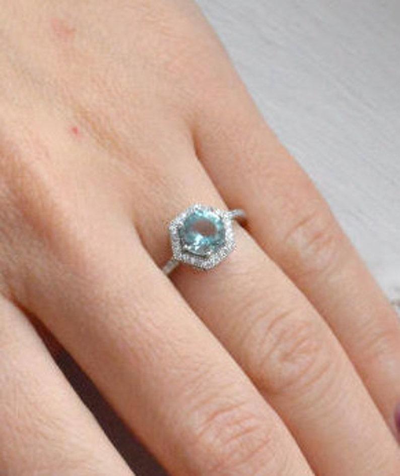 9ee07fb1d49a Aguamarina 14k brillante corte anillo solitario hexágono