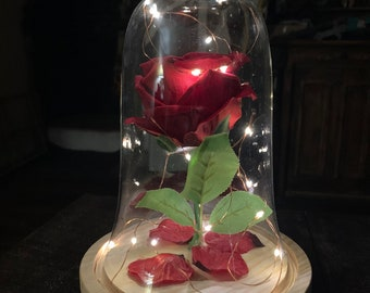 Enchanted Rose - Beauty & The Beast Illuminated Life Size Rose Display With Glass Dome and Wooden Base DELUXE EDITION