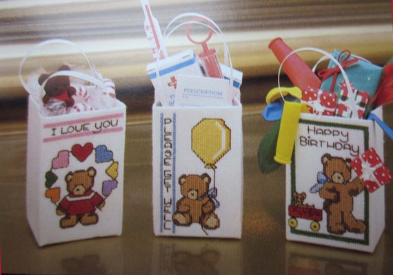 Counted Cross Stitch patterns with Teddy Bears / Small Cross Stitch projects / Madison Avenue totes cross stitch