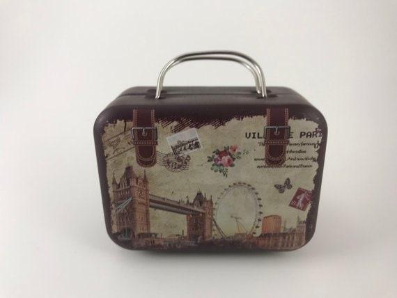 Europe Style Vintage Suitcase Shape Candy Storage Box Wedding Favor Tin Box