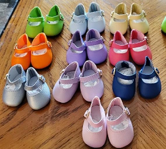 Wellie Wisher Mary Jane shoes. Fits 14.5 inch dolls. 9 colors.