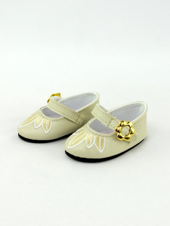 American Girl doll shoes cream with gold Buckle Dress shoes that fits 18 inch dolls