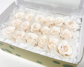 panna cotta, preserved roses, preserved flowers, home decor, wedding decor, real roses, wedding flowers, floral arrangements, small roses