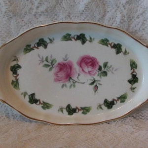 Vintage Paragon Bone China Potters Her Majesty The Queen England Oval Dish Pink Floral Sweet William Blooms