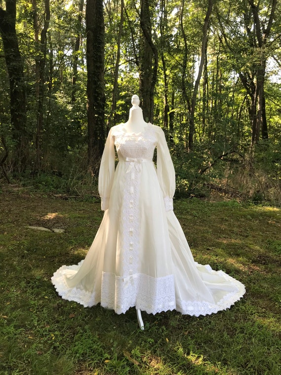 Vintage 70s Petite Wedding Dress