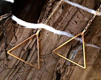Earring_Triangular