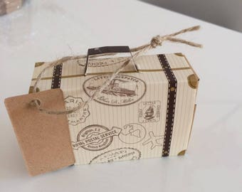 Creative Mini Suitcase Candy Box Candy Packaging Carton Wedding Gift Box Event & Party Supplies Wedding favors with Card tag