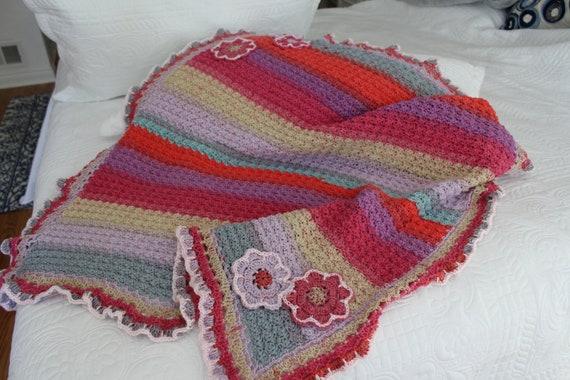 Baby shower gift Handmade afghan Crochet throw Crochet blanket Handmade blanket Crochet afghan Baby girl blanket Pink baby blanket