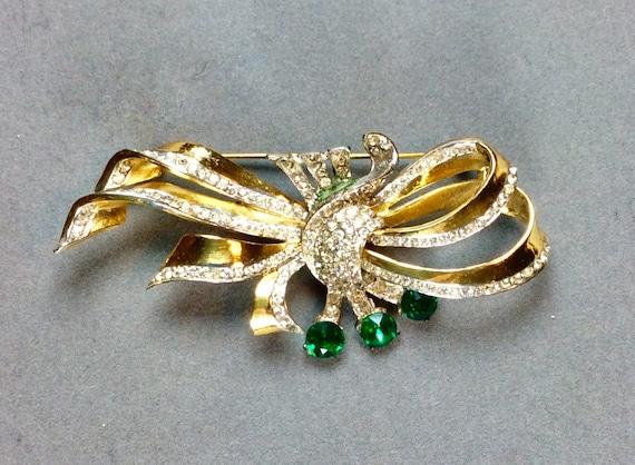 COROCRAFT Vintage Sterling Designer Bow Pin