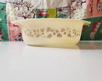 Pyrex Golden Acorn 043