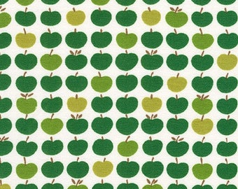 Robert Kaufman Fabrics - Laguna Jersey Prints -  Green Apples Cotton Lycra Knit