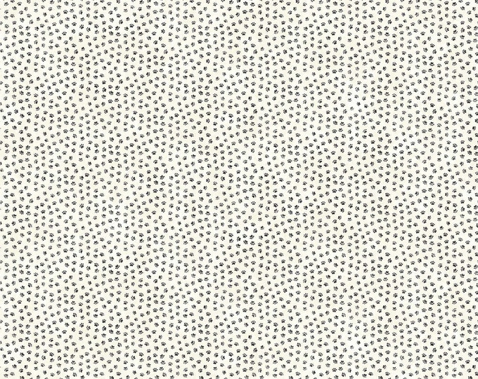 Northcott Fabrics - You Had Me At Woof - Pale Tiny Paws 22173-11 Cotton Woven Fabric