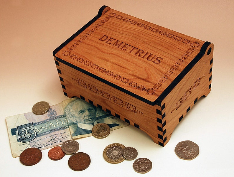 Custom Wooden Jewelry Box Chain Design Laser Cut And Engraved