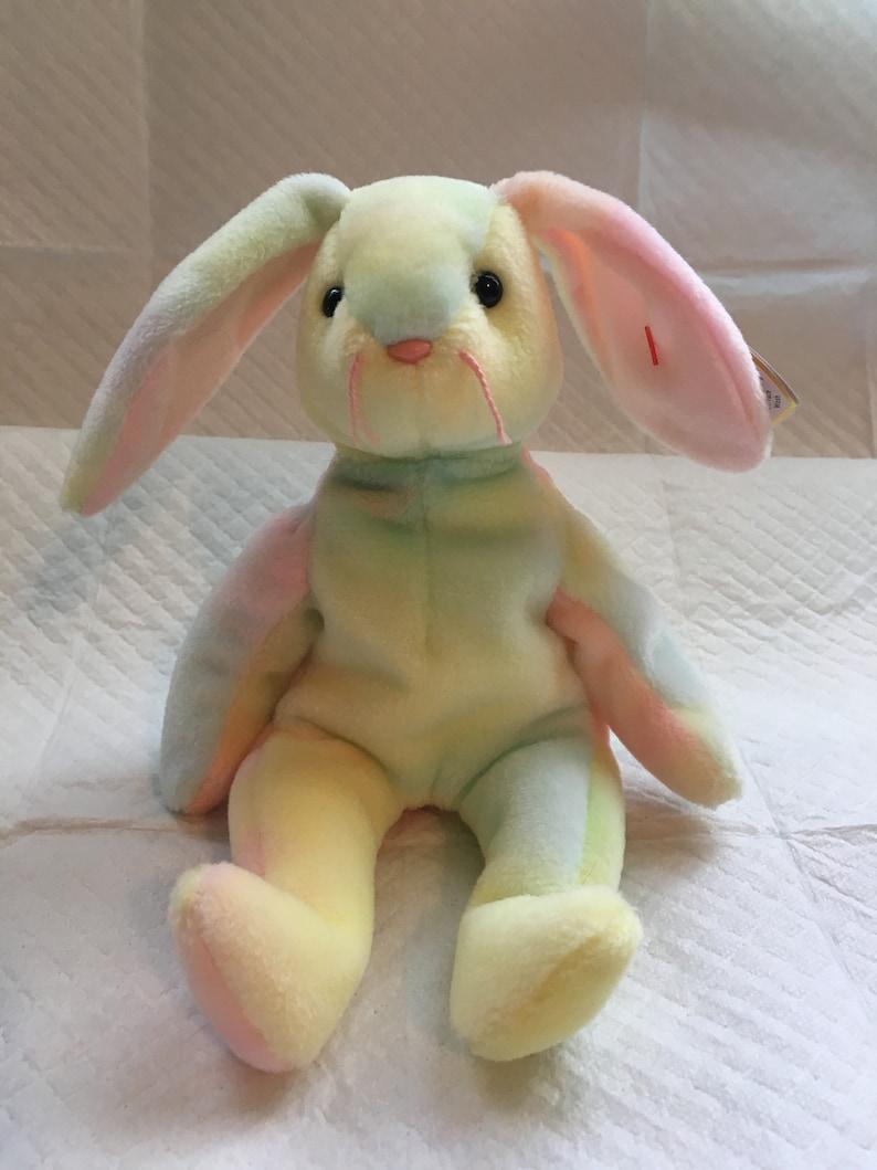 35827c6dd56 TY Beanie Baby HIPPIE the Bunny Rabbit Pristine with Mint