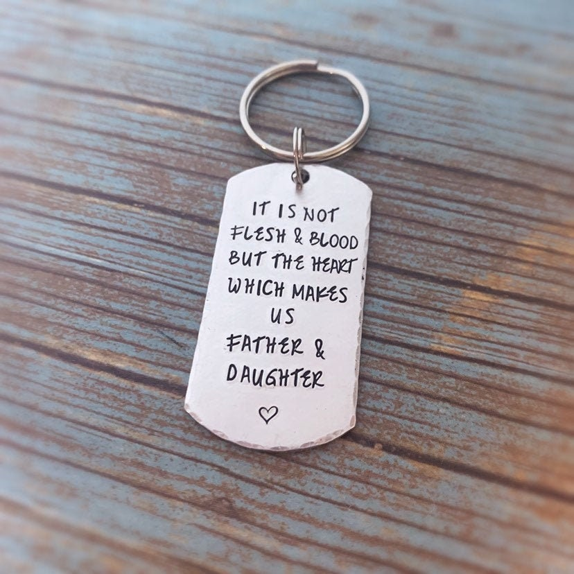 Personalized Keychain Father/'s Day Step Dad Keychain Father/'s Day Gift Grandpa Gift Stamped Keychain Gift for Daddy