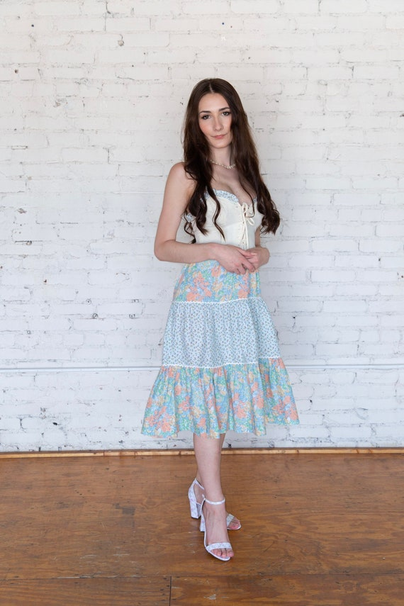 Vintage 1970s Lace Up Sundress XS Tiered Skirt Co… - image 2