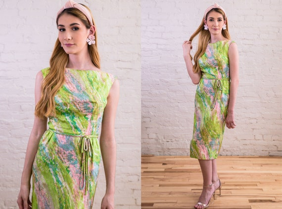 Vintage 1950s 1960s Rainbow Green Rappi Silk Sheat