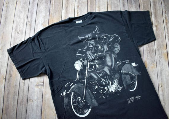 38eef3eab6d2 1996 CHICAGO BULLS Motorcycle T-Shirt    Size Large Mens