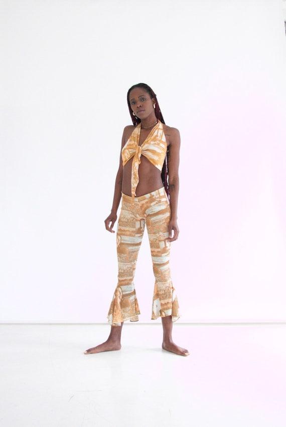 vtg 70s 2-piece photo print pants set w. halter - image 4