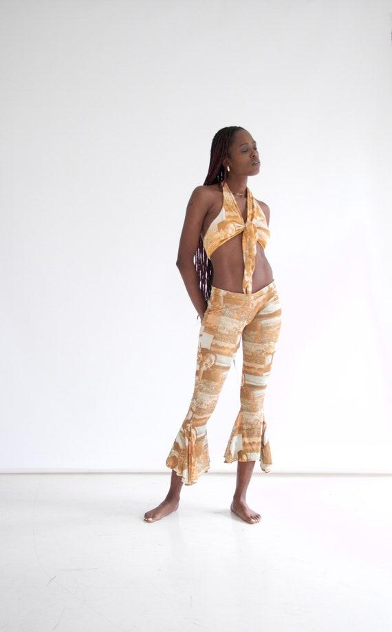 vtg 70s 2-piece photo print pants set w. halter - image 2