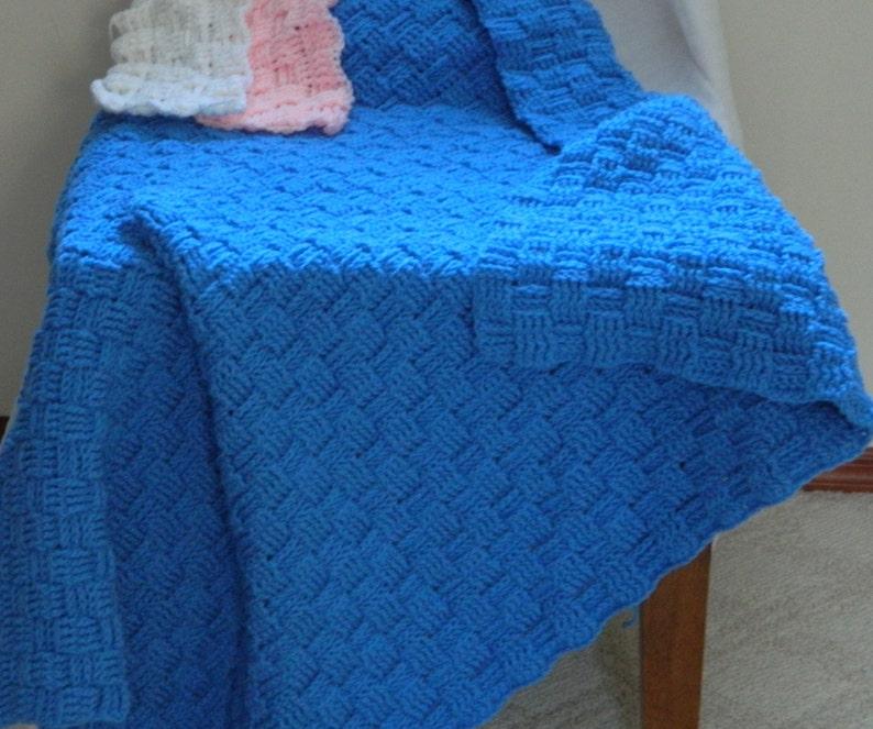 Basket Weave 3/' x 3/' Baby Blanket