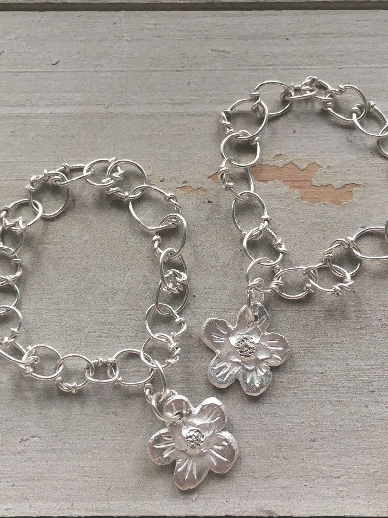 101d9a7e2d120 Bespoke Personalised Keepsake Silver Link Flower Charm Bracelet Bride/  Bridesmaid / Flowergirl / Boho/Gift/ Jewellery / Accessories