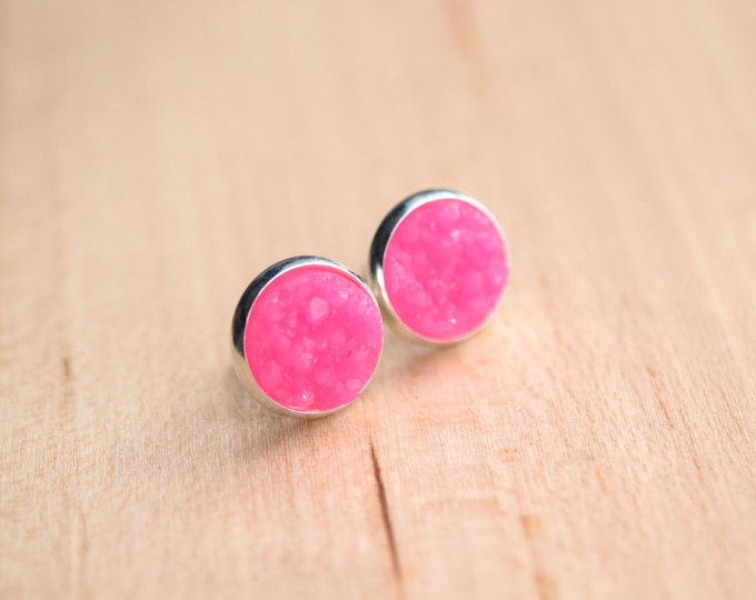 Neon Pink Druzy Earrings - Neon Druzy Earrings - Pink Druzy Earrings - Hot Pink earrings - Pastel druzy earrings - Druzy Post Earrings