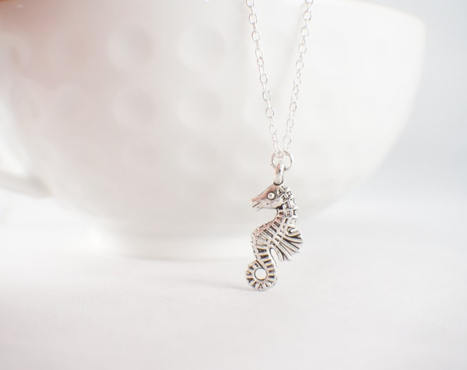 Sea Horse Necklace - Beach Necklace - Beach Jewelry - beach wear