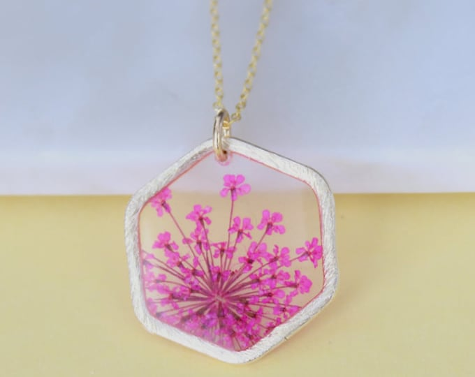 Pink Queen Anne's Lace Gold Necklace