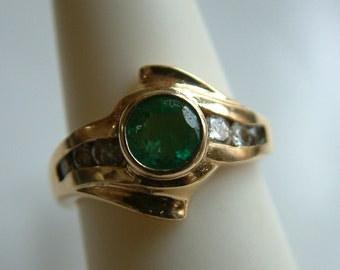 Estate Emerald  & Diamond  ring, solid 14k yellow gold-Free Shipping