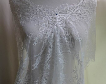 """11.4"""" wide off white scalloped floral lace chantilly lace trim for wedding, shawls, gown, costumes"""