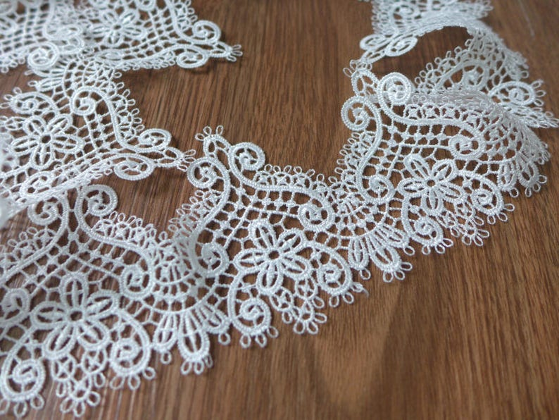 """Venise Lace Bridal Trim 2/""""Inches Wide Sewing Embellishment By The Yard VL36A"""