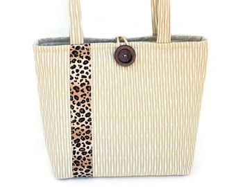 Leopard print handbag, Beige cloth handbags, Bags and purses for fall, Animal print purse, Padded quilted tote bag, Fashion bags