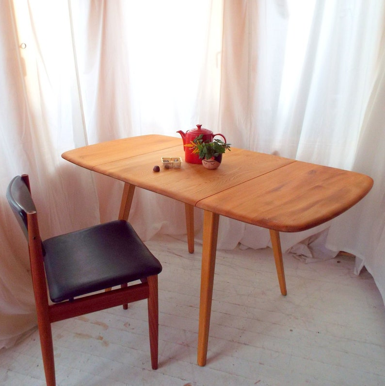 Ercol Dropleaf Table model 383 1950-70s image 0