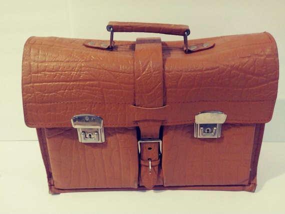 Vintage 1950's German Tan Leather Buckle Belted Br