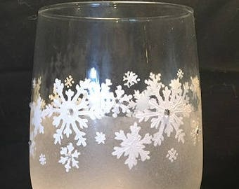 hand painted wine glasses snowflakes