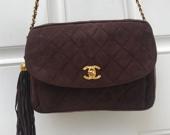 c66b806e9610 CHANEL Vintage Classic Flap Bag