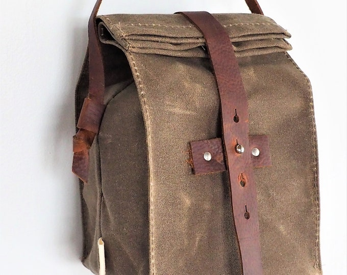 Lunch Bag with Handle / Waxed Canvas / Leather