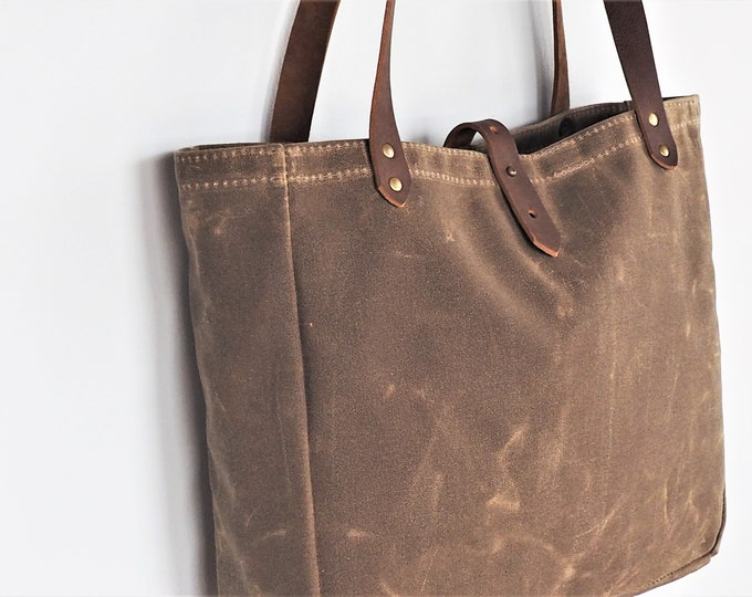Waxed Canvas Tote /  Leather Straps / Lined