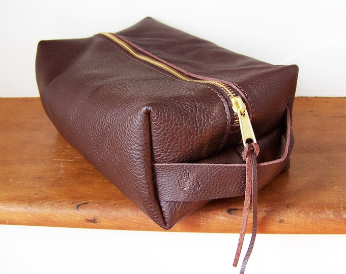 Leather Dopp Kit / Toiletry Kit /  Travel Kit / Shave Kit / Lined