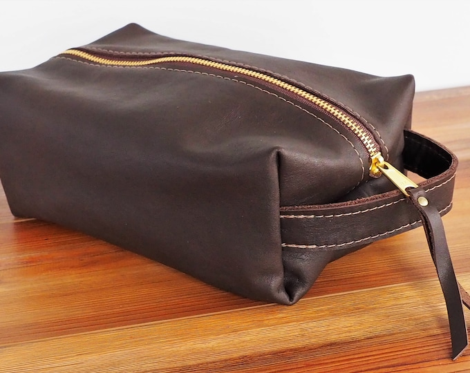 Leather Dopp Kit / Toiletry Kit / Travel Kit / Shave Kit / Lined