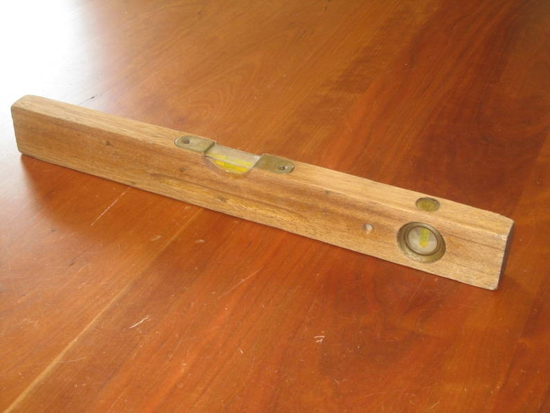 Wooden Level Mid Century Tools FREE SHIPPING!! 18 Inch Level Carpenters Level