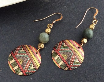 Gold Tribal Earrings UK. Green and Brass, Moroccan Style Disc Earrings, with a Zendoodle Art Pattern. Mandala Art Inspired Jewellery.